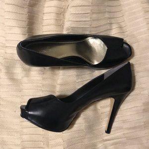 Nine West Bonfire black platform peep toe heels